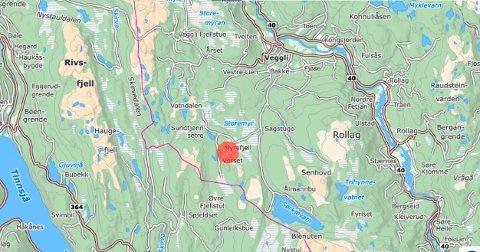 HYTTER: I området merket med rødt planlegges et omdiskutert hyttefelt. Feltet ligger på Søre Vegglifjell, et område med mange hytter fra før. Størstedelen av feltet ligger i LNF-område i kommuneplanen. Det har vekket debatt.
