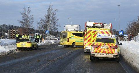 DRAMATISK: Den påkjørte kvinnen ligger fortsatt på sykehus etter å ha blitt påkjørt av en lastebil.