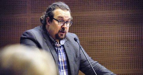 PROVOSERT: Christian Dyresen (V) liker dårlig at kommunestyret i Hurum forventes å være enige i alle saker som berører nye Asker. Arkivfoto: Henning Jønholdt