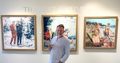 I RJD-GALLERY: Tor-Arne Moen viser for første gang sine bilder utenlands – og han synes det er spennende å teste ut det amerikanske markedet. Bildet til høyre bak er allerede solgt.