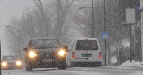 SNØ, SLUDD ELLER REGN?: Det er varslet nedbørsfronter både mandag, onsdag og fredag til uka. Foreløpig ligger prognosene helt i grenseland mellom snø og regn.