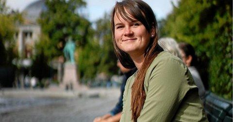 Oslo/Raufoss: Stortingsrepresentant Marit Knutsdatter Strand bor heime på Raufoss med samboeren Anders Sørum Sveen sønnen Tormod på ett år. Nå kan hun smile over en god meningsmåling og til høsten er det stortingsvalg.