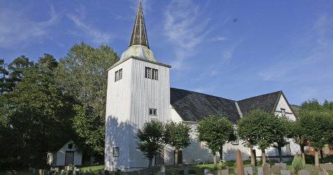 UTSATT: Det blir ingen konfirmasjoner i Søndeled kirke i mai. Heller ikke i Risør kirke eller Frydendal kirke.