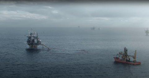 MED I STORFILM: Solstad-skipet «Normand Maximus» i filmen «Nordsjøen».