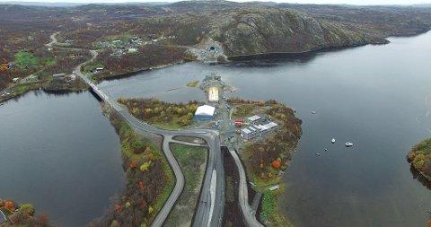 Slik ser anlegget ut fra østsida, mot Elvenes og dagens bru til venstre og den nye Trifontunnelen til høyre