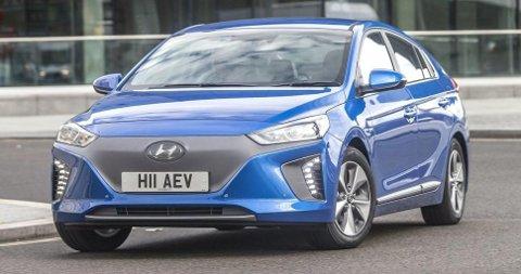 I kompaktbilklassen er det Hyundai Ioniq Electric som kommer best ut i det totale CO2-regnestykket.