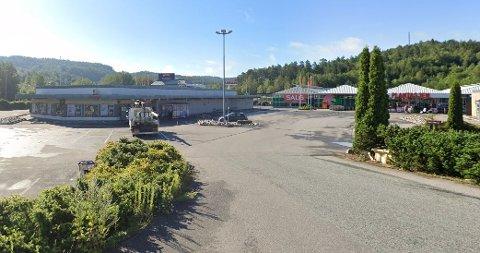 KAN BLI TATT UT: Meny Telemarksporten er en av butikkene som kan bli tatt ut i streik denne uken.