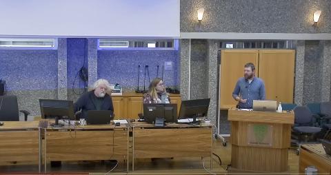 Skeptisk: Andreas Gjerde Ulvund ønsket å sende saken tilbake for videre utredning.
