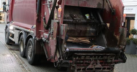 SKJERPER INN: Fra høsten vil IRS Miljø IKS være mer nøye på maksimal henteavstand på fem meter fra stoppested for søppelbilen.