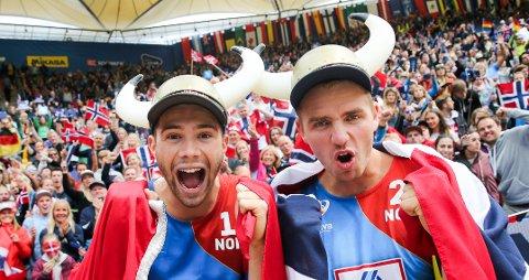Anders Mol og Christian Sørum vant femstjernersturneringen i Gstaad i Sveits lørdag kveld. Etterpå showet de for publikum.