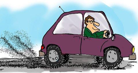 Bilen, og særlig piggdekkene, er skyteskive når Pål Bugge foreslår tiltak for å bedre luftkvaliteten.
