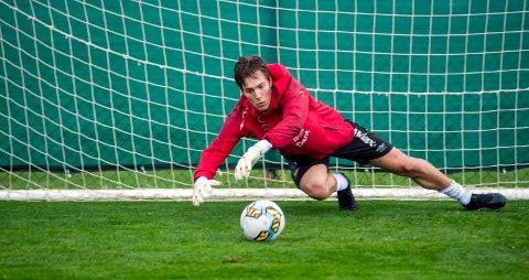 EN AV NESTORENE: Selv om FFK-keeper Håvar G. Jensen kun er 23 år, så går han inn i sin sjuende FFK-sesong. Her fra en treningsleir i Tyrkia.