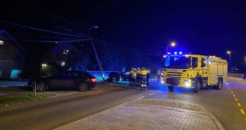 Bilen betegnes som totalvrak etter kollisjonen i Råde.