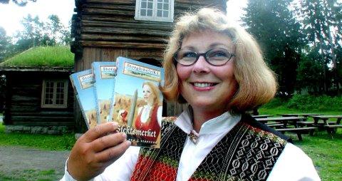 DEBUTEN: Eva Stensrud lanserte sin aller første bok i 2001 på Domkirkeodden i Hamar.