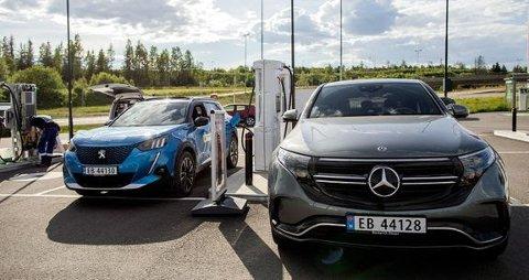 NAF mener politikerne må ta et ansvar for at infrastrukturen holder tritt med utviklingen i den elektriske bilparken