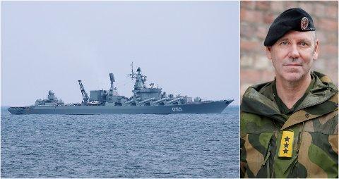 SEILER MER: Bildet fra 2019 viser det russiske marinefartøyet Marshal Ustinov i norske nærområder. Til høyre: Generalløytnant Yngve Odlo, sjef ved Forsvarets operative hovedkvarter.