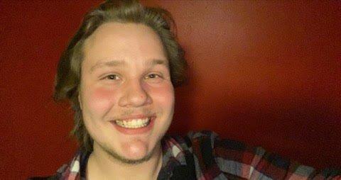 RADIOVERT: Remi Vikersveen-Granheim blir radiovert i lokalradioen i Drammen. Han er fra Dokka.