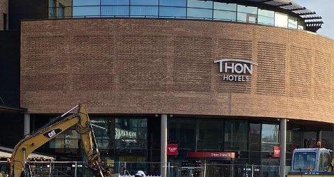 AVBESTILLINGER: - Riktig nok er ikke hotellet i Ski et typisk konferansehotell, men også reisevirksomheten går ned, fastslår Ola Stavsborg, pressekontakt for Olav Thon-gruppen.