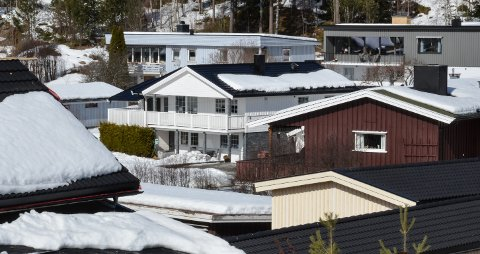 FÅ KLAGER: Elverum kommune har budsjettert med 67,8 millioner kroner i eiendomsskatt i år. Illustrasjonsfoto: Nils Henning Vespestad