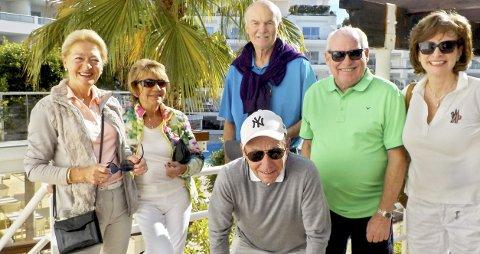 Fridag fra golfen: Denne dagen var gjengen heldige med været også. Fra venstre: Turid Larsen, Beryl Bjelland, Johnny Jørgensen, Arne Bjørn Hansen, Åge Larsen og Marianne Skorgan.Foto: Roar Heggelund