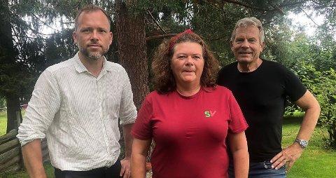 Audun Lysbaken, partileder SV, Kathy Lie, førstekandidat SV i Buskerud og Arne Nævra, stortingsrepresentant for SV.