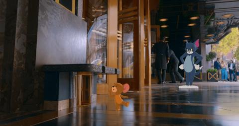 Tom og Jerrys nye store eventyr på lerretet er en blanding av klassisk animasjon og live action, og kan sees av alle.