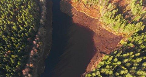 KULTURARV: Det har vært flere funn etter at Statkraft startet nedtappingen av Langvann og Røskestadvannet.
