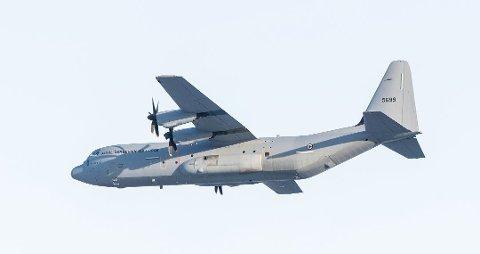 Dette bildet rakk Vidar Tangeland å sikre seg av Hercules-flyet da det fløy over Folkenborg i januar i år. Foto: Vidar Tangeland