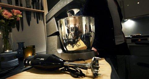 Mixer: Kjøkkenmaskin, blender, stavmixer eller foodprosessor kan brukes til så mye.