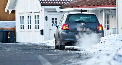 PÅ TOMGANG: I 2016 fikk Tryg Forsikring flere telefoner fra spake nordmenn som hadde blitt frastjålet bilen sin, mens den stod på tomgang uten at de satt i bilen.