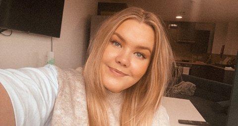 UTE AV ISOLASJON: Etter å ha vore på byen med venner fekk Malin Husa (24) korona. Førre laurdag sleppte ho ut av isolasjon.