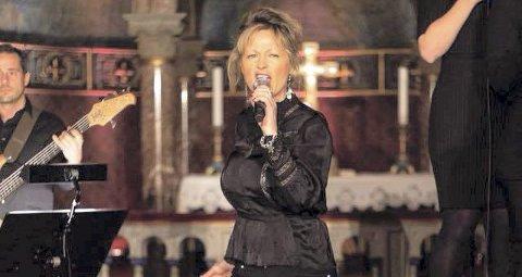 Kommer: Charlotte Labori Brusdal, med fartstid fra en rekke kor, er blant aktørene på Sjøstjernen lørdag kveld. Foto: Privat