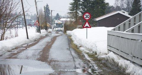 TRANGT OM SALIGHETA: I dag kjører Helsebussen Øvregata bort til Vikersund Kurbad – men det er trangt om plassen.