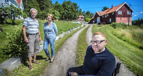 Lykkejegeren: Gården til Tore Jens Andersen og Rita Ørmen har en sentral rolle i den nyeste boken til Jan-Erik Fjell.  Foto: Geir A. Carlssen