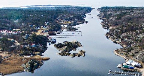 PROBLEMET LØST: Det blir ikke seilingshøyde på bare 22 meter over Skjelsbosund, slik mange har fryktet. Høyden blir på 28,3 meter, bekrefter både Kystverket og Hafslund Nett.