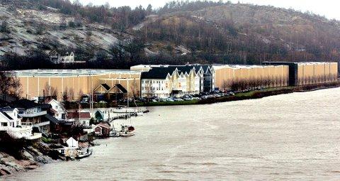 ADIEU: Europris forlater Fredrikstad og lagerbygningen i Hjalmar Bjørgesvei.