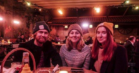 SJUENDE UTGAVE: Henrik Næss Diesen, Therese Næss Diesen og Vilde Varg Kjeholt har arrangert Unge Folk i Halden siden 2011.
