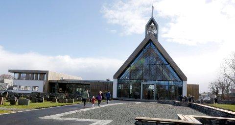Karmøy 2304 2017 Vigslingsgudstjeneste i nye Kopervik Kirke med Biskop Ivar Braut
