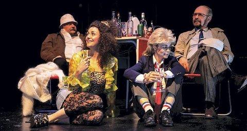 Teater: «Kollektivt selvmord» kan sees i Kulturbadet i kveld torsdag. foto:lars solbakken, Nordland Teater