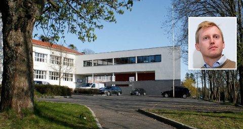UENIGHET OM MODELL: Byrådet i Oslo ønsker å endre dagens inntaksmodell til byens videregående skoler, som er basert på kun på karakterer. Høyres Øystein Sundelin (innfelt) advarer sterkt mot konsekvensene. Bildet viser Holtet videregående skole.