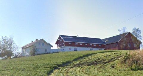 STASELIG: Nordre Holte på Holte ble med en prislapp på  drøyt 7,4 millioner mars' dyreste eiendom i Østre Toten.