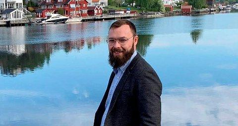 NYTTE: Lars Martin Sørli mener nytten er større en ulempene.