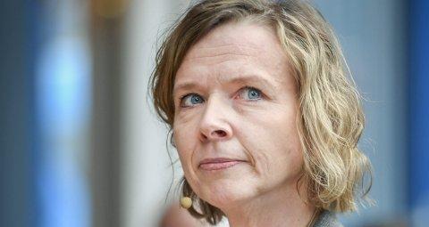 Helgeland Sparebank og adm. dir. Hanne Nordgaard forklarer salget av aksjene i Helgeland Invest med økende kapitalkrav til bankene.