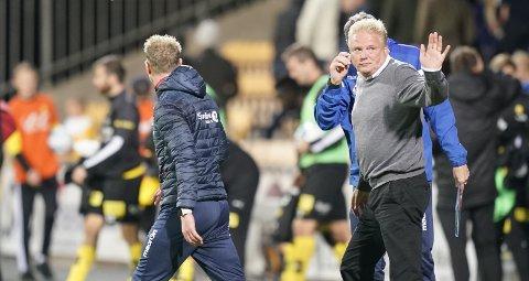 POENGTØRKE: LSK-trener Jörgen Lennartsson måtte innse at LSK ikke klarte å slå Kristiansund forrige søndag. Så langt har ikke LSK slått noen av de sju øverste lagene på tabellen. FOTO: NTB SCANPIX