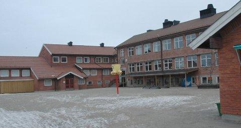 Gamle Skjønhaug skole er solgt under takst og hva komunen hadde forventet.