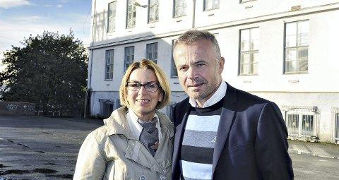 Venstres Ragnhild Helseth og Arbeiderpartiets Kjell Neergaard er fortsatt av den oppfatning at et nytt opera- og kulturhus vil bli et stort pluss for Kristiansund.