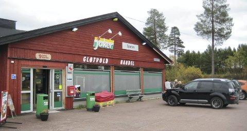 BUTIKKEN: Det var på Gløtvold Handel på Drevsjø Elverum-gutten stjal bukse.