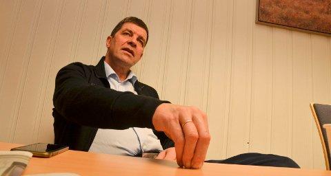 KRITISK: Gunnar A. Gundersen kritiserer egen regjering og hevder de villeder folk med ulvetall.