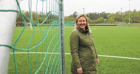 Line Ask er primus motor for Liverpool fotballskole på Tjøme, og har startet arbeidet med kommende sommers arrangement. Nå er det åpent for påmelding.
