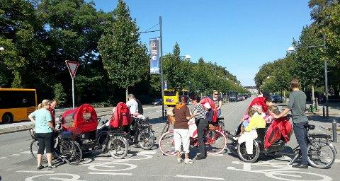 SUKSESS I DANMARK: «Sykkel uten alder» har vært en formidabel sukses i Danmark. Nå kommer tilbudet hit, til stor glede for alle som ikke kommer seg ut på egenhånd.foto: cyklingudenalder.dk